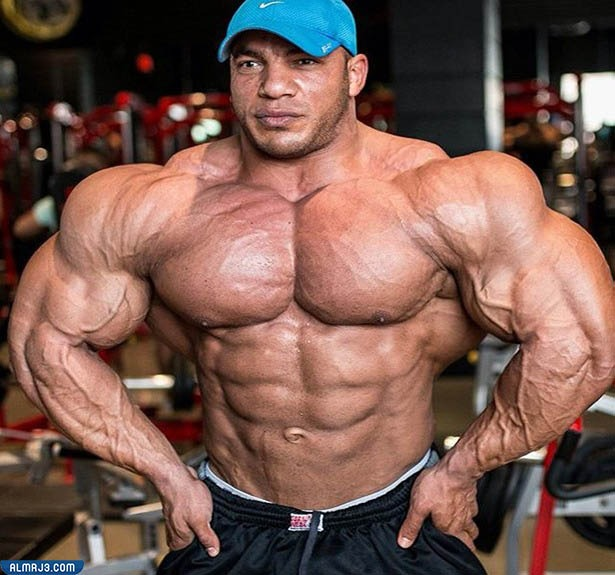 كم طول بيج رامي بالسنتيمتر وكم وزنه